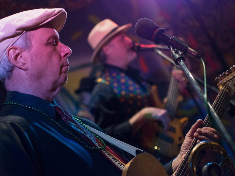 Ken Gregory Atlanta Crawdaddy Musician on Guitar